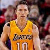 Steve Nash Out at Least a Week with Leg Fracture