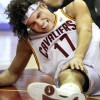 Cavs Anderson Varejao Out 6-8 Weeks After Knee Surgery